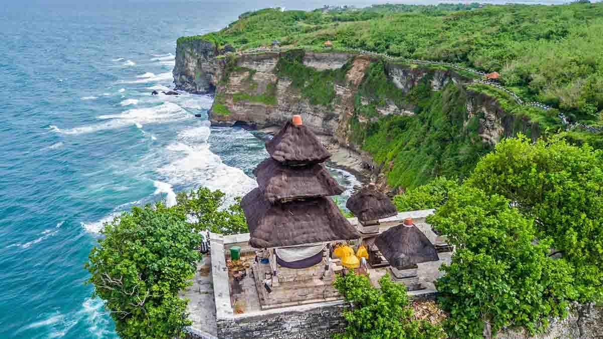 pura ulun uluwatu templo, bali, indonesia