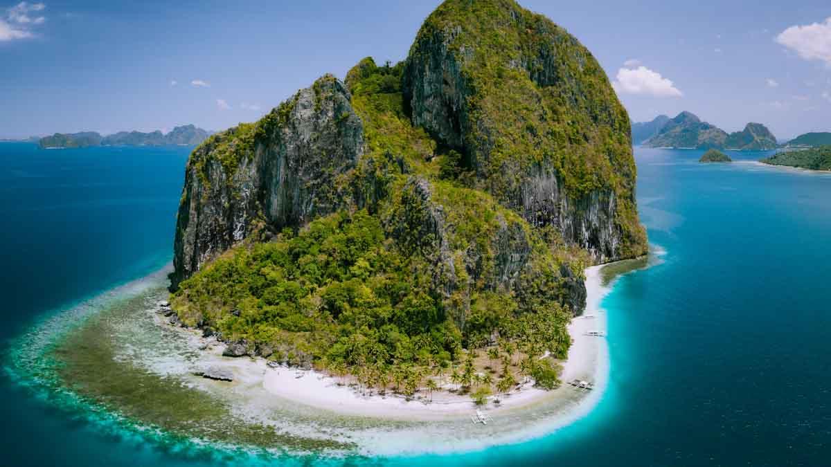 nido tour b pinagbuyutan island