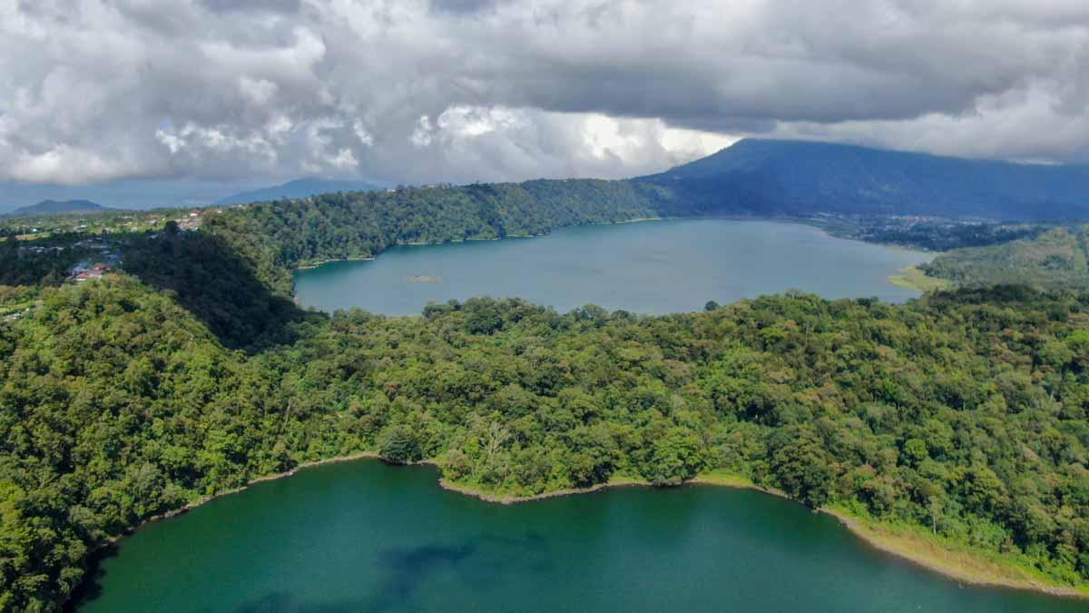 el norte de bali, lagos gemelos