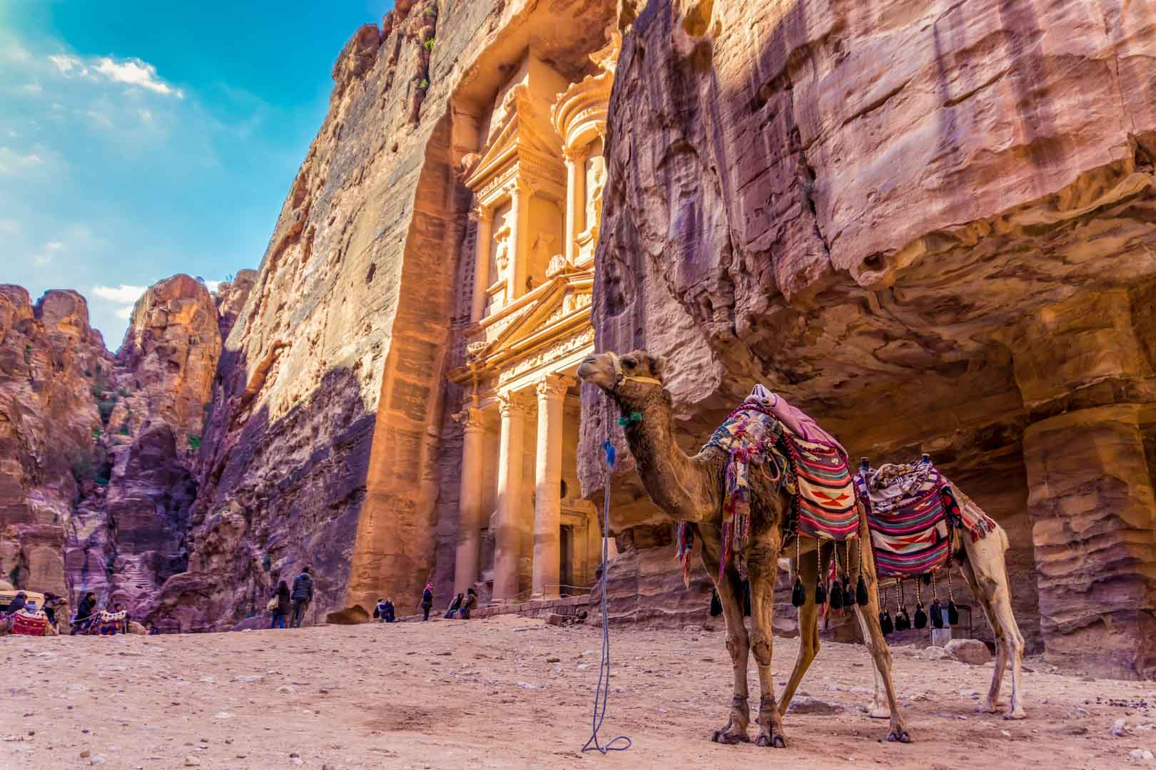 Petra: 10 lugares Imprescindibles que ver en la capital Nabatea