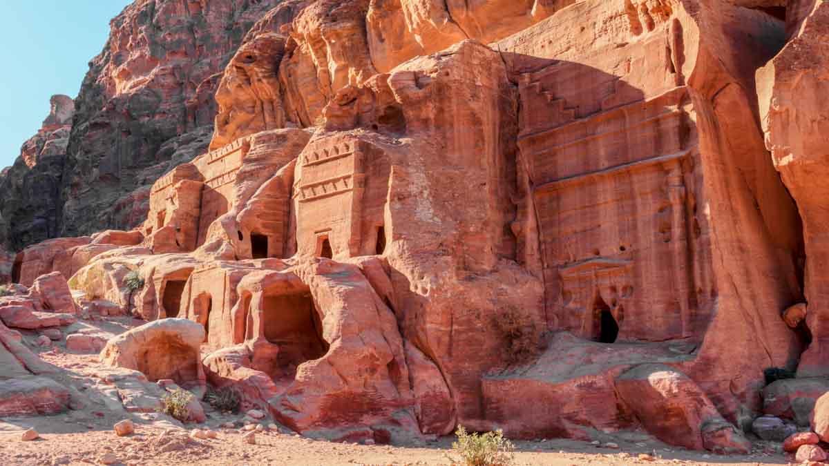 tumbas en petra, jordania
