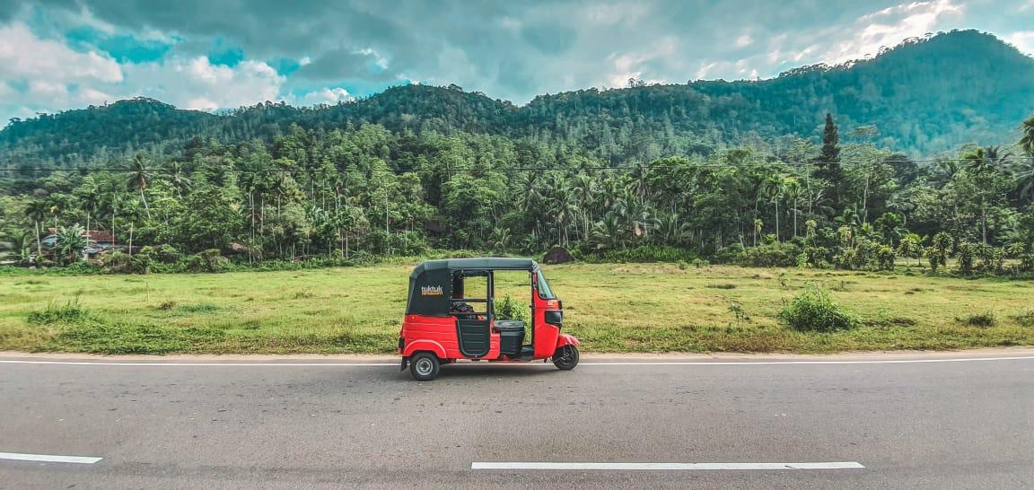 Cómo viajar por Sri Lanka en TUK TUK