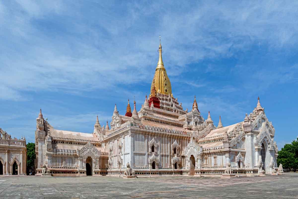 ananda templo en bagan myanmar