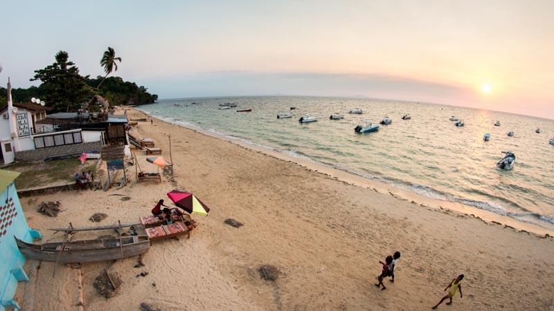 viaje a madagascar playa