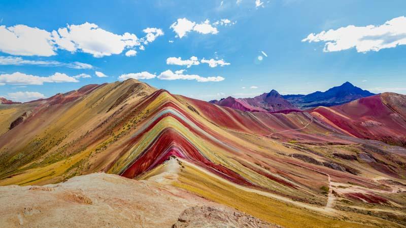 montaña de colores peru