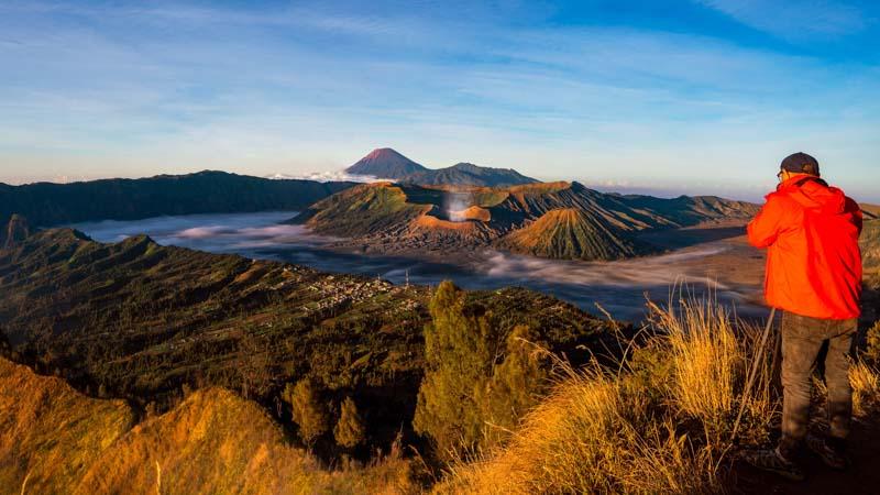 amanecer en el bromo indonesia