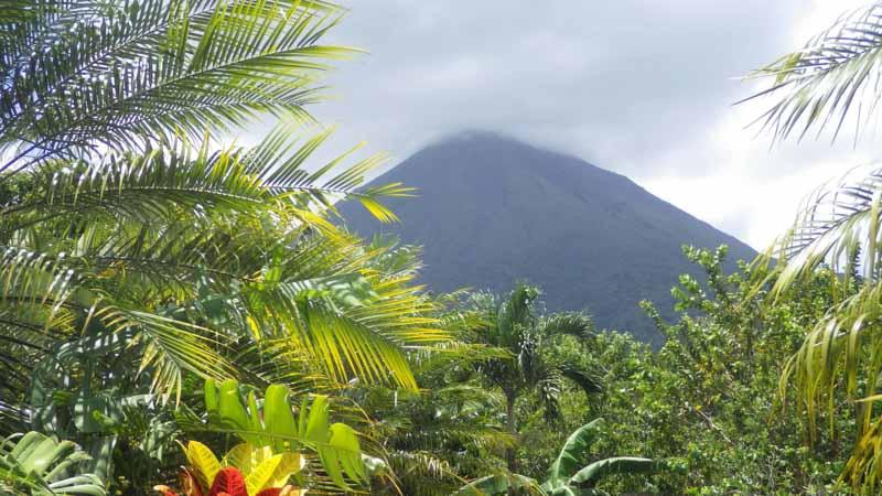 volcan costa rica viaje